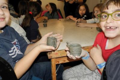 laboratorio ceramica - gita scolastica Vietri sul mare_DiverteducandoViaggi