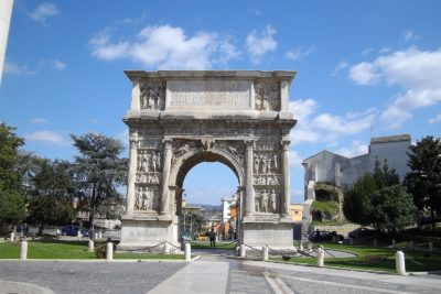 benevento - arco di Traiano