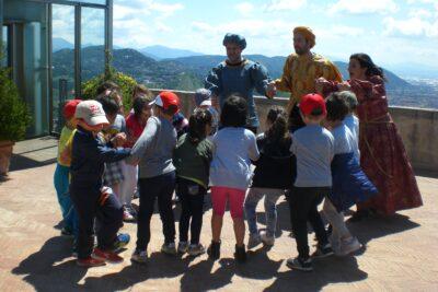 All'assalto del castello arechi, visita itinerante e coinvolgenteper famiglie